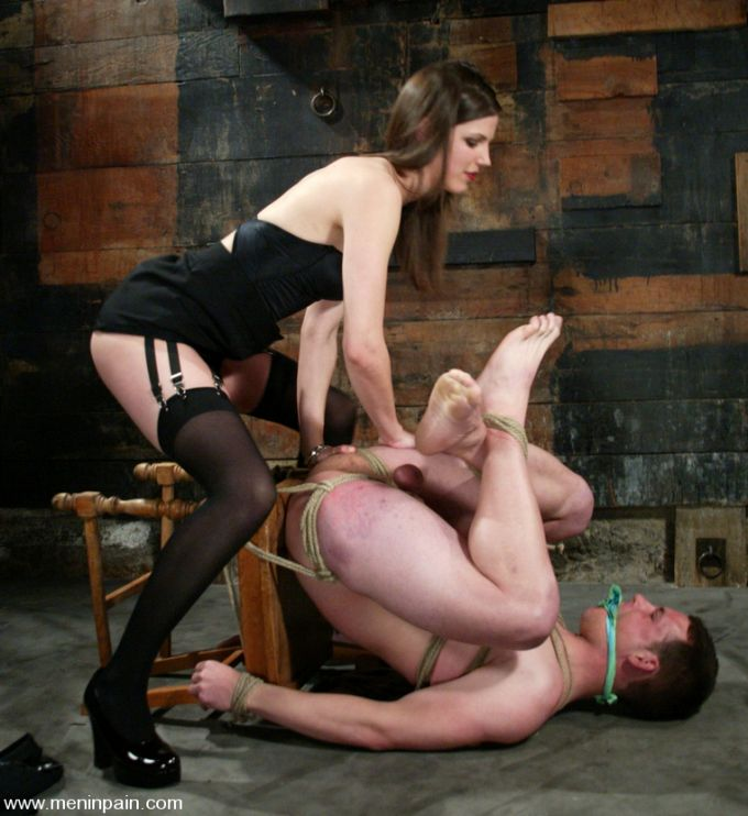 Bobbi Starr and some male rope bondage