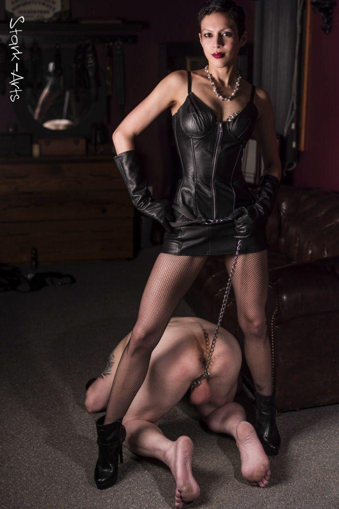 Mistress Mal Martine